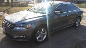 Passat TDI Diesel - Volkswagen Highline 2013 Fully loaded!