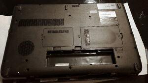 Toshiba Satellite Laptop L550 for parts London Ontario image 3