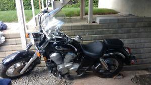 Honda shadow 750cc 2000