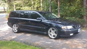 2002 Volvo V70 Wagon 2.4T with some mods