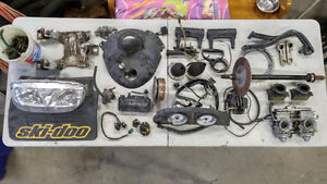 Skidoo parts MXZ 600 700 800 ZX Chassis MPEM carbs