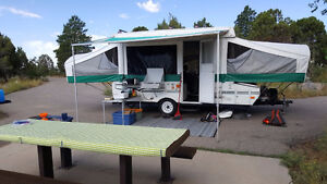 Grande tente roulotte 8 places toute équipée