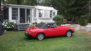 38 Foot Trophy Trailer with Attached Florida Room Fenelon Falls