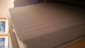 free double mattress and box spring