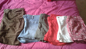 Women's Shorts And Skorts Lot All Size 14