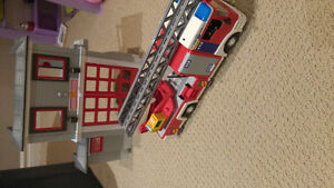 Playmobile fire station and truck