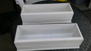 IF READING STILL AVAILABLE WOODEN PLANTERS $7 EACH