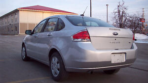 2009 Ford Focus SE Sedan... **4 CYLINDER**  .. E TEST AND SAFETY