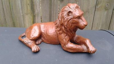 """Vintage Red Mill Mfg Lion with Mane Figurine Pecan 8 1/4"""" Long"""