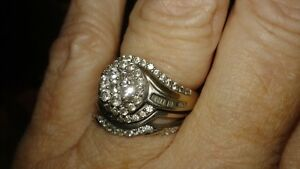 Beautiful diamond ring Peterborough Peterborough Area image 1