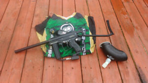 Spyder MR1 Paintball with extras