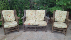 Patio Furniture - Full Wicker Set and all Cushions