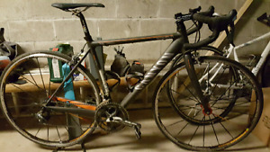Vends velo de course Canyon carbon