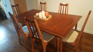 Stunning Mid-century modern dining room set with chairs