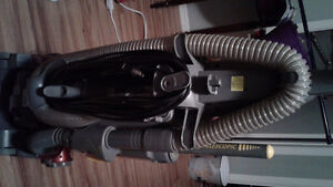 Eureka altima vacumn with telescopic self cleaning duster 60.00 St. John's Newfoundland image 5