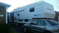 33' 5th wheel camper rv trailer. Recently renovated!