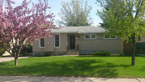 ALL UTILITIES INCLUDED * Dalgliesh Dr. * Avail. Nov 1st