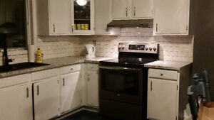 South London, Rooms for Rent -  young professional female London Ontario image 2