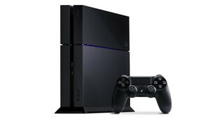 Play Station 4 (PS4) 500GB with Games and Controller