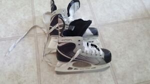 Kids hockey skates various sizes