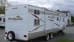 Travel trailer with bunkhouse sleeps 10 Open to Trades