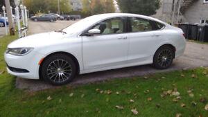 2016 Chrysler 200 -  cuir / bas KM / Guarantie 2020