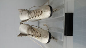 Figure Skates for sale. Excellent condition!