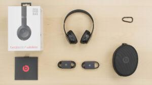Beats Solo 3 Wireless Headphones Mint