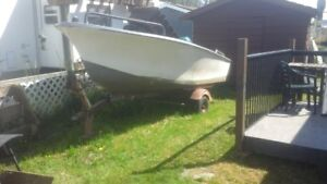 18 ft fiberglass boat  with 30 h motor cyl...2000.