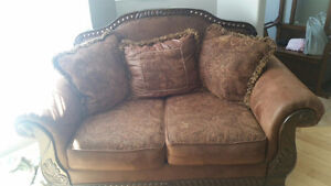 Couch n loveseat