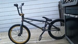 Bmx mirraco essex 350$ negociable