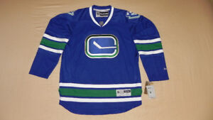 Canucks XL Reebok Alternate Jersey
