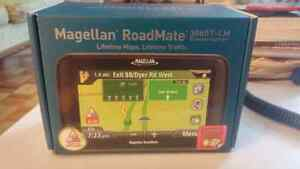 Magellan Roadmate 3065T LM with Lifetime Map