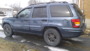 2 Grand cherokee 1 route 1 piece.