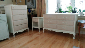 The only 3 piece  French provincial style solid wood dresser