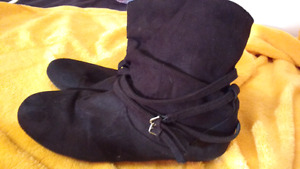 Womens booties size 11