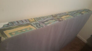Twin/Single boxspring  frame good condition