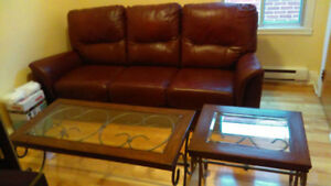 Sofa et 2 tables de salon - 500$ - Negociable