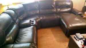 Sectional couch Comox / Courtenay / Cumberland Comox Valley Area image 2