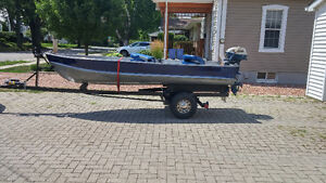 12ft Aluminum boat trailer ,6hp Evinrude
