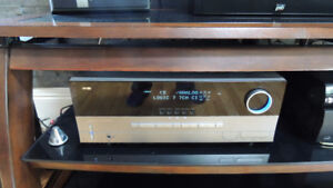 NICE SURROUND SOUND STEREO SYSTEM HARMON KARDEN