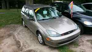 2004 ford focus waggon safety and e-test included London Ontario image 4