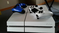 MINT 500gb WHITE Destiny PS4 w/ 4 games and 2 controllers