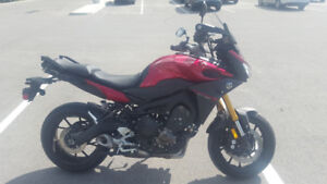$7300 - 2015 Yamaha FJ09 - New Tires, Heated Grips, LED Signals