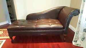 Chaise lounge MINT CONDITION