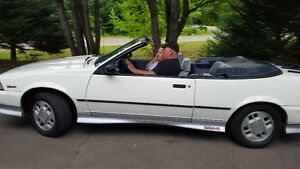 SUMMER IS COMINGG....1988 cavelier  convertible Z24