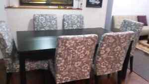 Like new ikea dinning with 6 chairs