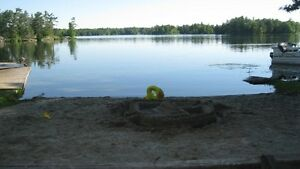 Last minute 3 bdr lakeside cottage Aug.6-11 $75 a night