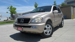 2005 Mercedes-Benz ML350, AWD, leather, roof, warranty available