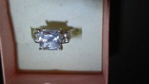 Ladies Man made Diamond Silver Ring size 8